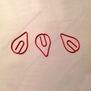 shaped paper clips in drip outline